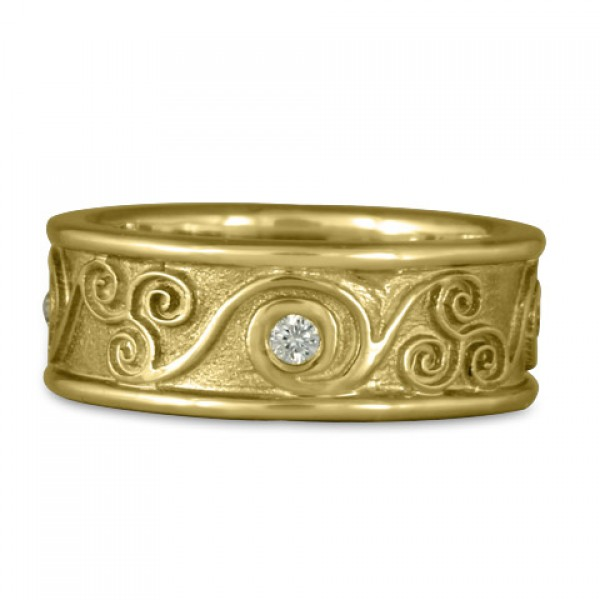 Bordered Triscali with Diamonds Ring in 18K Yellow Gold