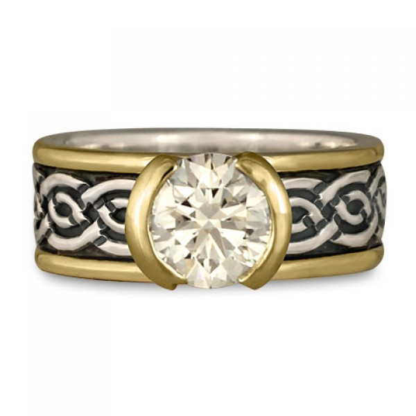 Bordered Laura with Diamond Engagement Ring with Split Mount