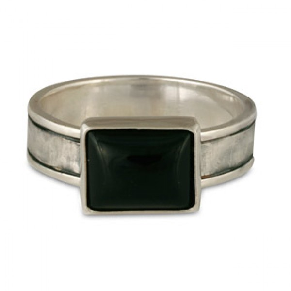 Hammered Ring with Rectangle Onyx