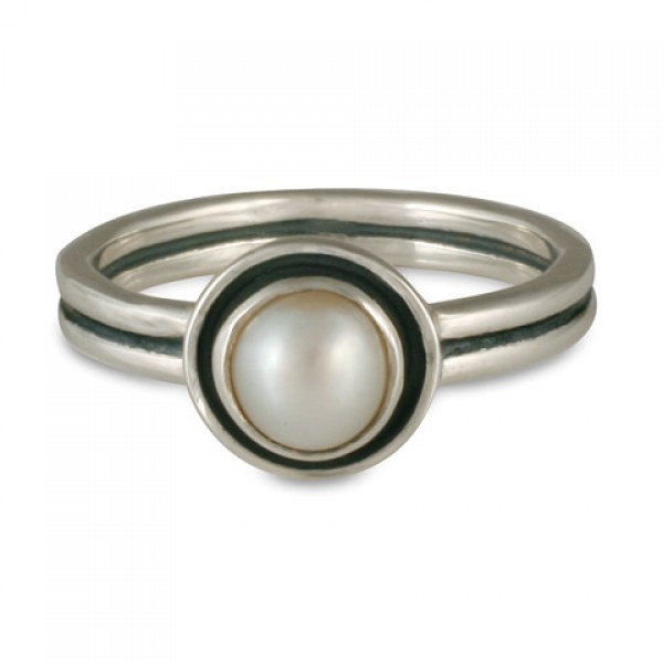 Eclipse Pearl Ring