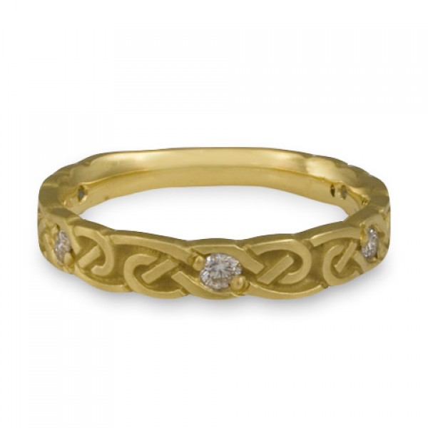 Narrow Borderless Infinity With Diamonds Wedding Ring in 18K Yellow Gold