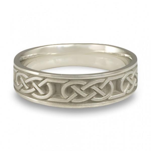 Narrow Love Knot Wedding Ring in Platinum
