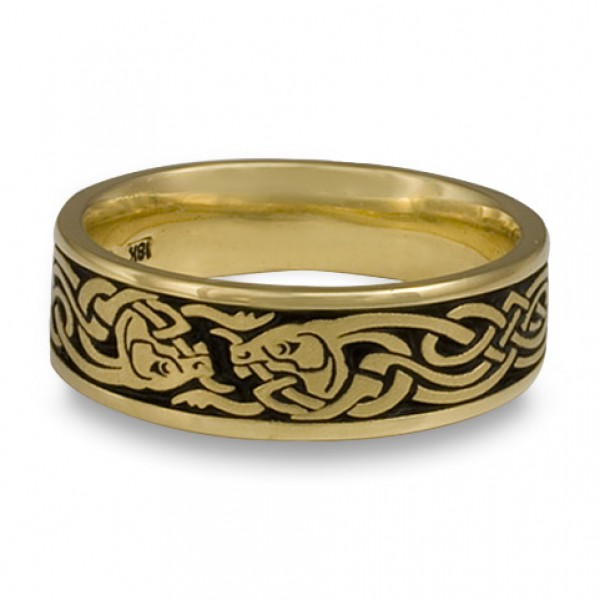 Celtic Hunt Wedding Ring in 18K Yellow Gold