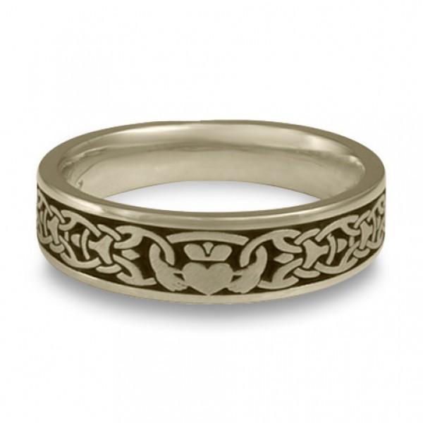 Narrow Claddagh Wedding Ring in 18K White Gold