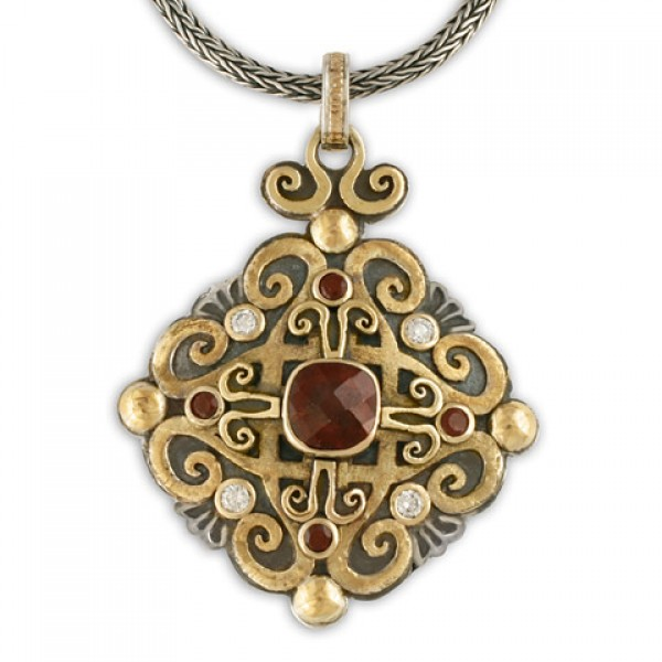 Shonifico Pendant with Garnet and Diamonds