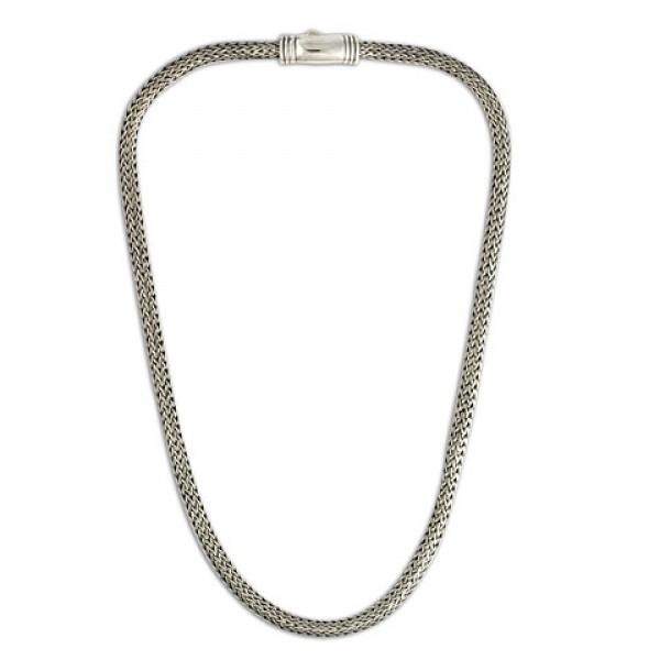 5.5x4 Woven Silver Chain