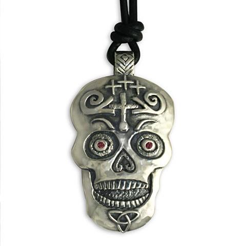 Fergus Silver Skull Pendant