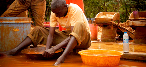 Fairtrade Gold Vs. Recycled Gold